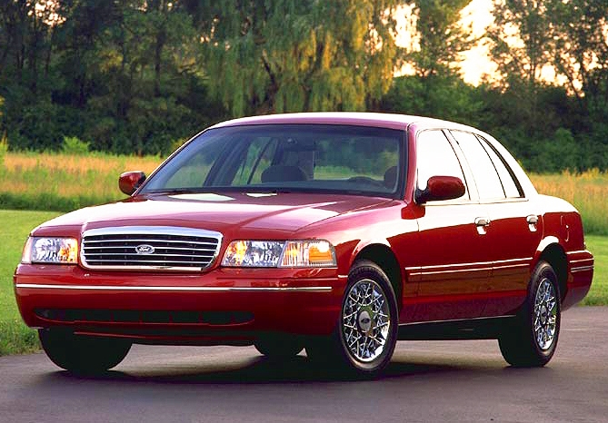 Ford Crown Victoria S